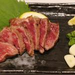 わしの肉 - 牛たたき 880円