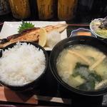 和食処 きむら - さば焼き定食(840円)。この味噌汁が絶品