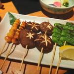 黒豚しゃぶしゃぶ 島津 - 野菜の串焼き