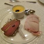23319512 - フォアグラのプリン、鴨、やんばる豚