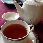 メインダイニングルーム 三笠 - 紅茶