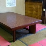 小嶋 - テーブル席