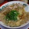 ラーメン魁力屋 - 料理写真:最新650えん 特製醤油ラーメン(並)2013.12