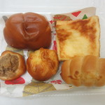 Little Breads To Go - ミニセット チーズブレッド、マロンパン、クリームパン、ソーセージパン、フレンチトースト