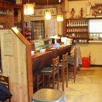 とがし - 店内は古典的な居酒屋