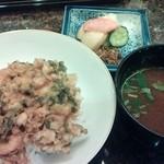 松楓閣 - 締めのご飯は天丼