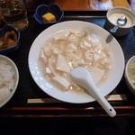華膳 - カニと豆腐煮¥500