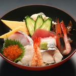 すしやの山孝 - 醍醐味丼¥1000