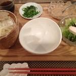 ジョルジュ - サラダうどん…^^