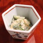 岡半 - お通し (椎茸、クラゲ、胡瓜の胡麻酢和え) (2013/12)
