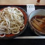 くまどん - 肉汁うどん(並)¥650
