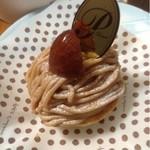 パティスリーマツイ - 料理写真:モンブラン  360円