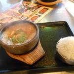 韓豚屋 - 石焼デジプルコギ定食¥950