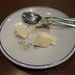 オンダ クッチーナ イタリアーナ - イタリア産チーズ各種(500円~)・・・2013/10