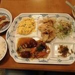 ハルピン - ランチ定食(850円)