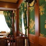 Eden - 重厚な昭和の喫茶店の造り(2013.12.29)