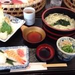 ゆうゆう - 料理写真:天ぷらおけにぎりセット