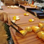 コロニアルガーデン - ビュッフェスタイルのパン