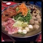 個室の美味 桜の藩 - コースの鍋