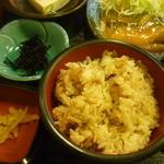 そば家 一創庵 - 鯖みそ煮、かやくご飯大盛、ひじきの煮物、沢庵