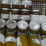 館山フルーツ工房 - 料理写真:ある日の商品ラインナップ。うめジャム、トマトジャム、チャツネジャム、青マンゴージャム。