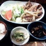 北の味紀行と地酒 北海道 - 生姜焼き定食
