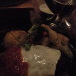 2336997 - チーズトマトハンバーグ