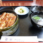船頭 - うな丼上 ¥2.200