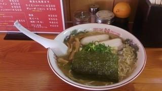 八兵衛 - 牛骨ラーメン大(700円)