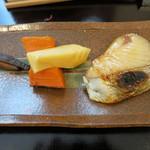 つむぎや - サワラの西京焼き 人参 鹿児島の筍