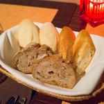 スターロード - クリームパン、フランスパン、米粉パン