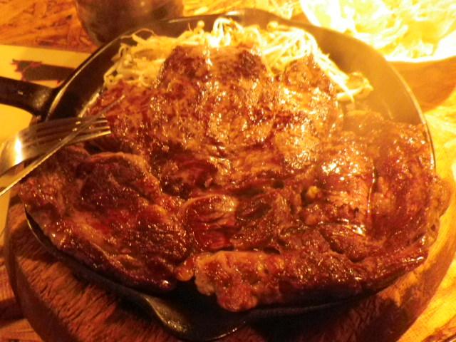 牛屋 - 1ポンド=450gのステーキ