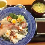 23366399 - 海鮮丼