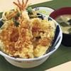 福てんかつ - 料理写真:サクサクに揚がった天ぷらをオリジナルの甘辛たれで天丼にしました。