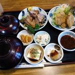 23371184 - 豚の角煮とひれかつ膳(1,780円)