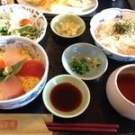 旬菜BUNKO 柚子庵 - ミニ海鮮丼と稲庭うどんのセット