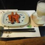 23375970 - 鮭トバ、花垣のにごり酒