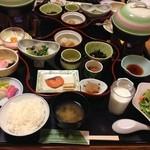 かんすい苑 覚楽 - 朝食