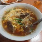 中華みかく亭 - 牛すねキムチ麺です