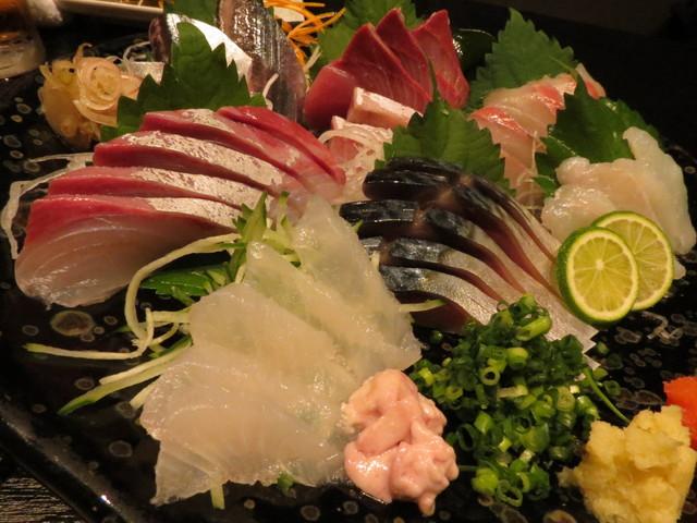 魚んと - 【再訪8】お刺身盛り合わせ 7点盛ハーフ