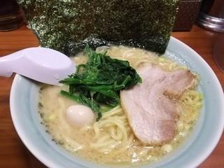 魂心家 目黒店 - しょうゆらーめん(680円)