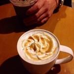 スターバックスコーヒー - キャラメルなんとかラテ(ソース多め)