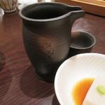 板そば 喜右衛門 - 菊正宗 樽酒 300ml 700円