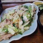 たむら食堂 - 野菜炒め定食(735円)