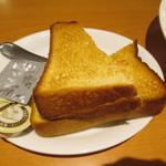 デニーズ - モーニングのトースト