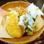 23395455 - 季節野菜の天ぷら