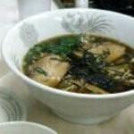 ドライブイン 峠屋 - 中華そばはアッサリだけど深みあるスープです