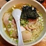 麺や 福一 - 中華そば 塩(¥700)スペシャルトッピング(¥280)1/1/2014