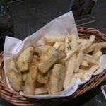 世界のビール博物館 横浜店 - フィッシュ&チップス