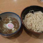 頑者 新横浜ラーメン博物館店 - つけ麺の細麺